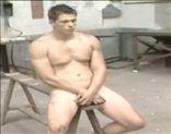 Alexis Driollett totalmente desnudillo