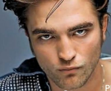 Robert Pattinson vampiro sexy